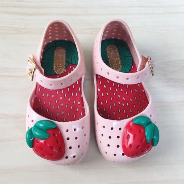 pink strawberry mini melissa