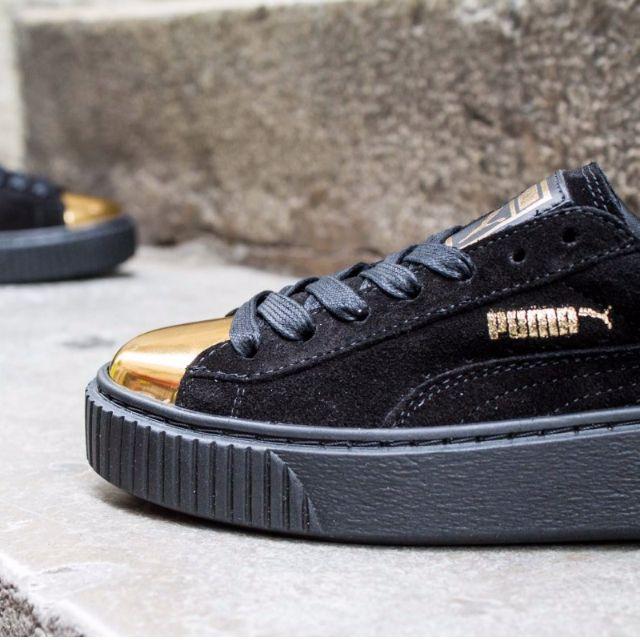 new concept e7adb 7ace0 Puma Suede Creeper Black Gold Metal Toe, Women s Fashion, Shoes on Carousell