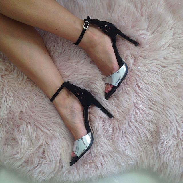 s36 Silver Peeptoe Heel