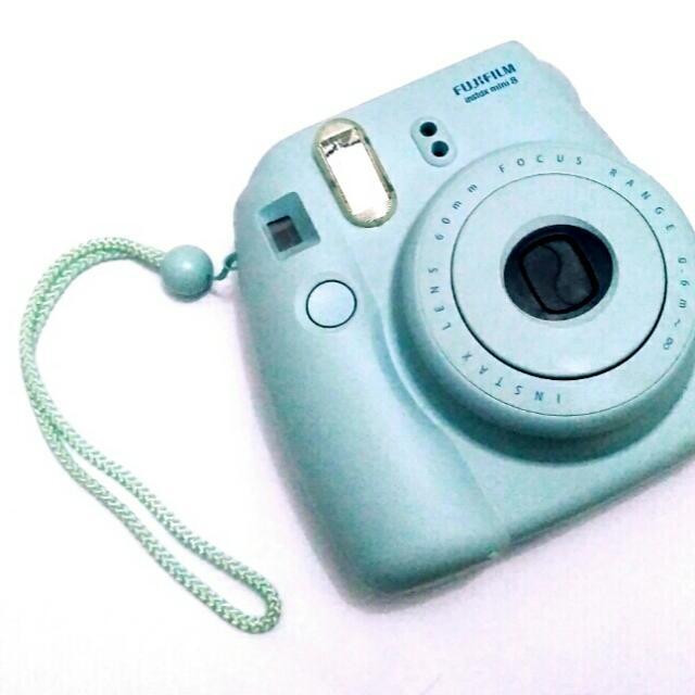Sewa Kamera Polaroid Fujifilm Instax 8s