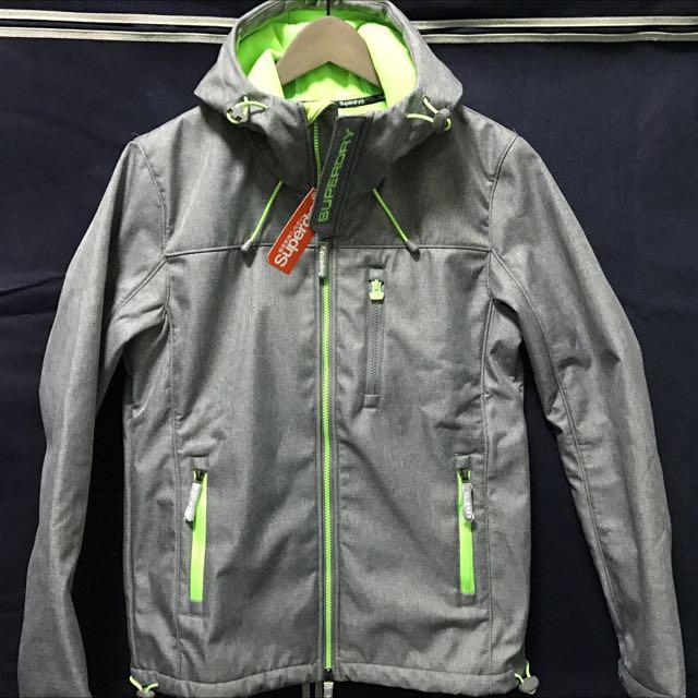 Superdry 灰/綠潛水布防風外套(L)