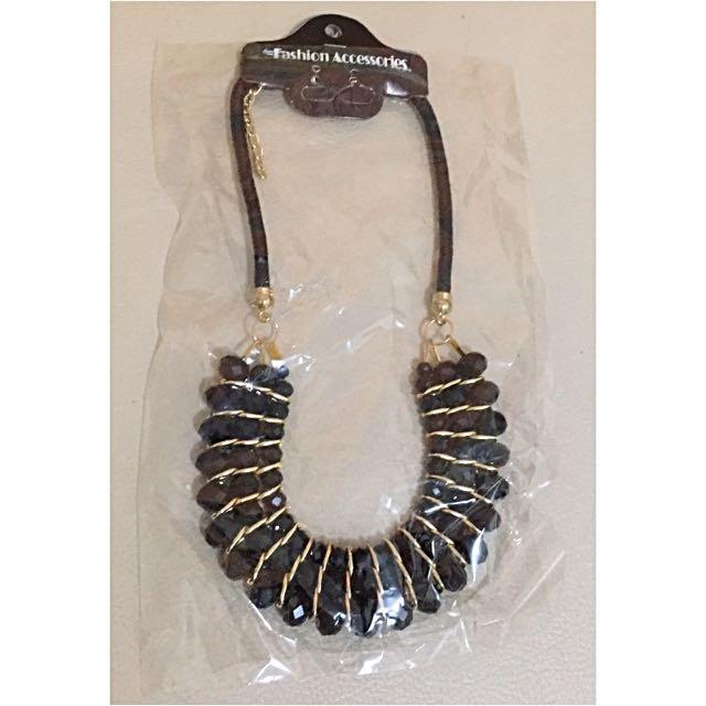 U Pearl Necklace