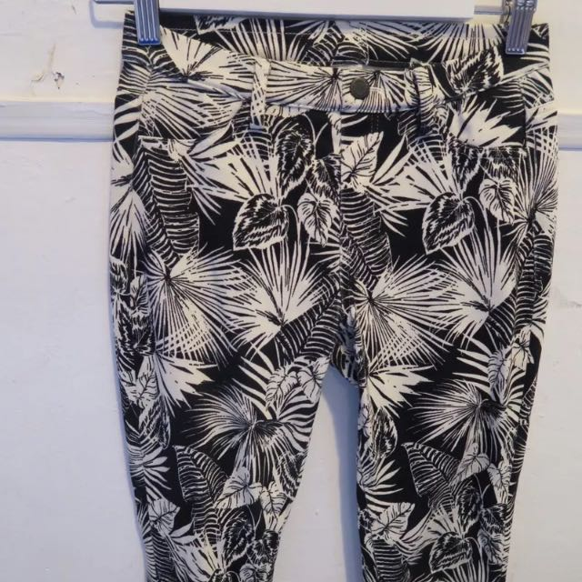 UNIQLO Palm Print Stretchy Skinny Jeans S