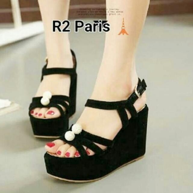 Wedges Hitam Premium Quality