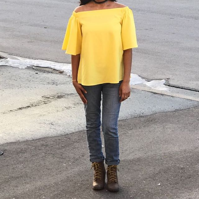 *1 LEFT*  LARGE Bell Sleeves Yellow Off Shoulder