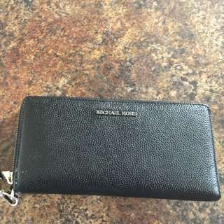 Brand New Authentic Michael Kors Jet Set Wallet