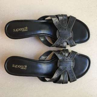 Supersoft by Diana Ferrari Black Ladies Leather Wedge Slide Size 12