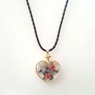 Purple & Red Heart Shape Dried Glass Flower Pendant Choker