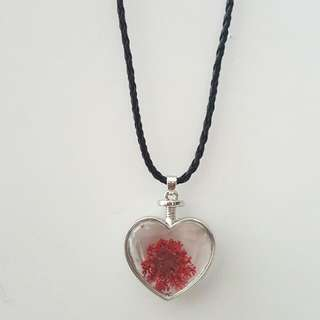 Red Heart Shape Dried Glass Flower Pendant Choker