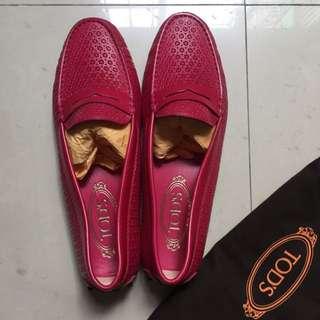 《全新正品》TOD'S紅色豆豆鞋