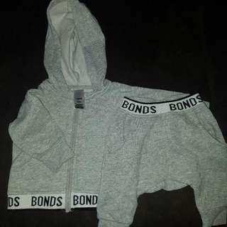 MAKE ME AN OFFER  Bonds Size 0-3months Tracksuit