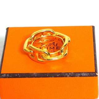 Authentic Hermes scarf  ring 女朋友禮物首選!
