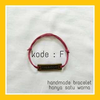 Bracelet Kode F