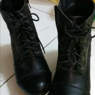 二手短靴,黑色,皮鞋,個性,氣質款,38號,靴子,厚跟,厚底短靴