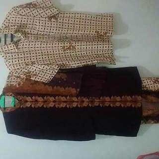 Baju Kebaya Batik Keris Sepasang Ukuran Kebaya Wanita XL Pria Xl