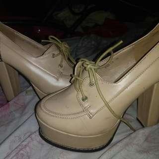 Scarlet nude heels