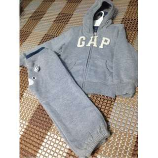 New Authentic GAP Boy Sweater Set