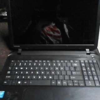 "Toshiba 13.5"" Laptop"