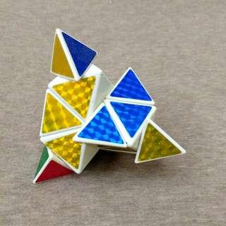 🚚 三角形魔術方塊