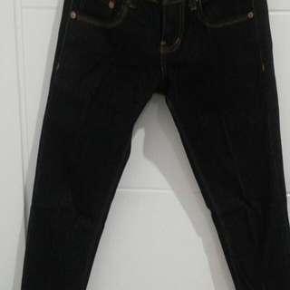 Levis Jeans Size 28