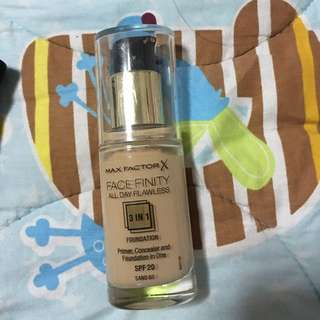 Authentic Max Factor Facefinity Sand
