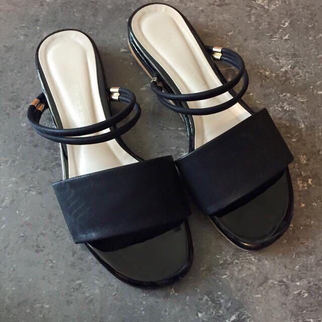 韓版黑色拖鞋