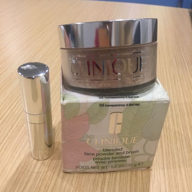 Clinique Blended Face Powder & Brush