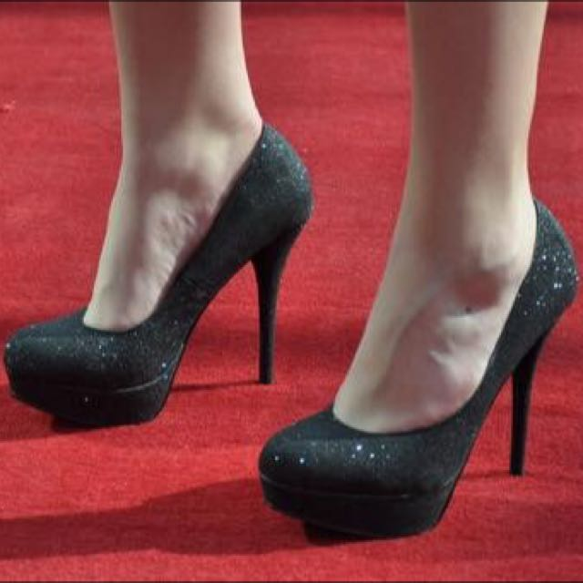 glittery shoes s6