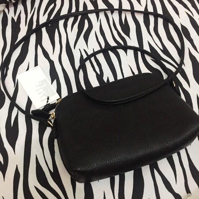 H&M monsiur sling bag