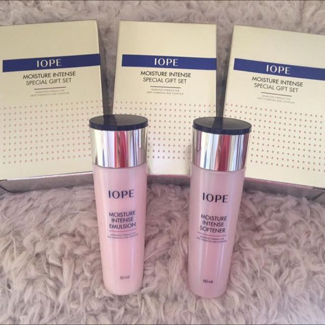 IOPE Moisture Intense Emulsion & Softener