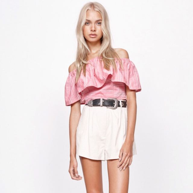 MINK PINK Annika Off Shoulder Crop