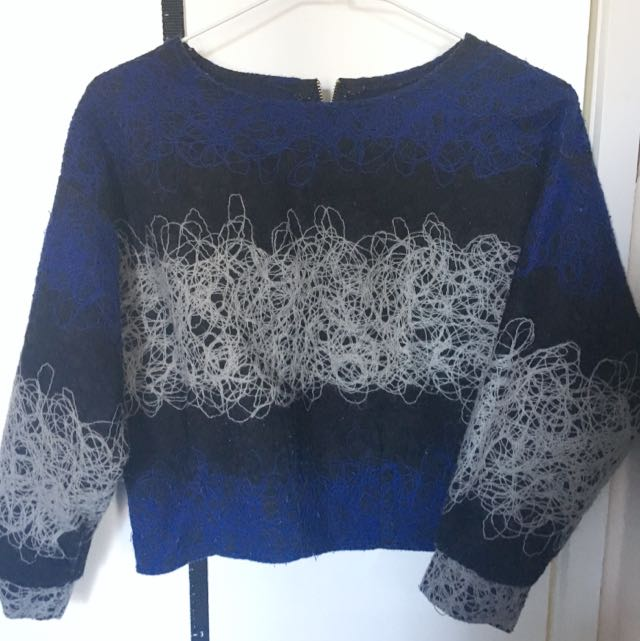 Small Size Long Sleeve Top