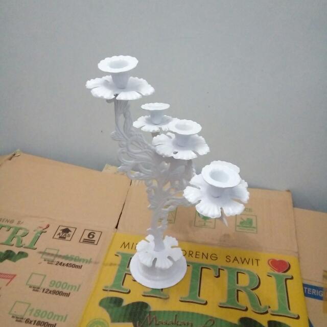 Tempat Lilin Almunium Putih Cabang 5