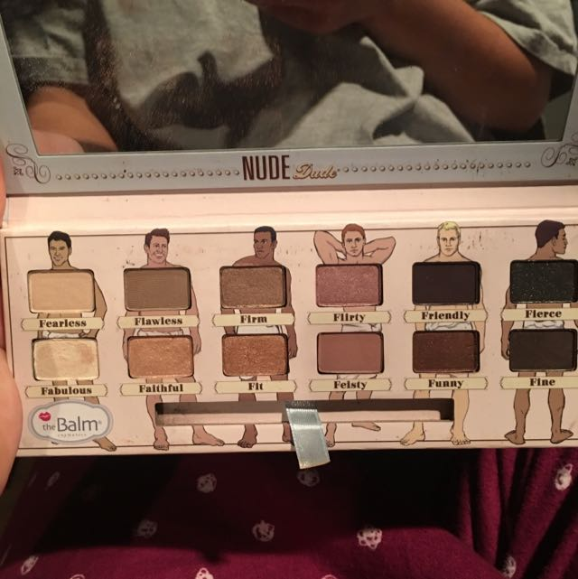 THE BALM NUDE PALLETE