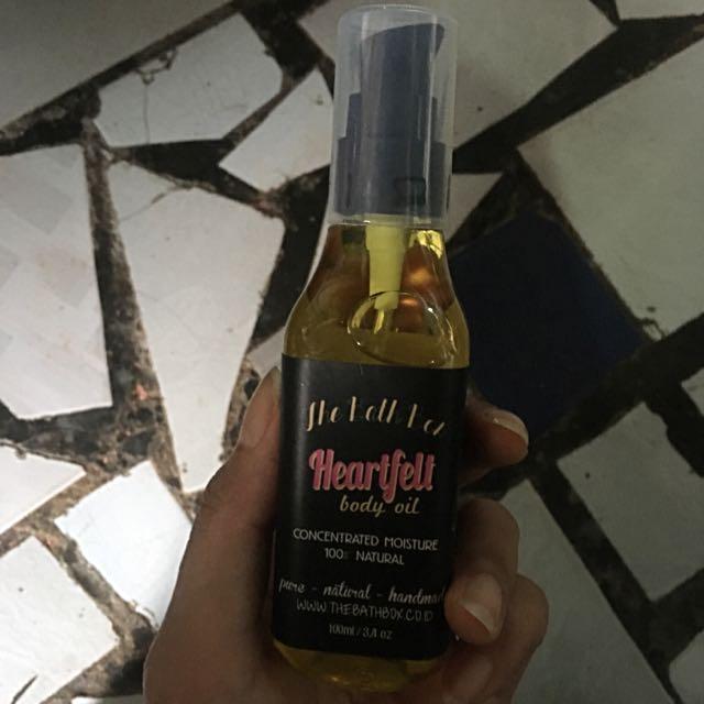 New THE BATH BOX Body Oil
