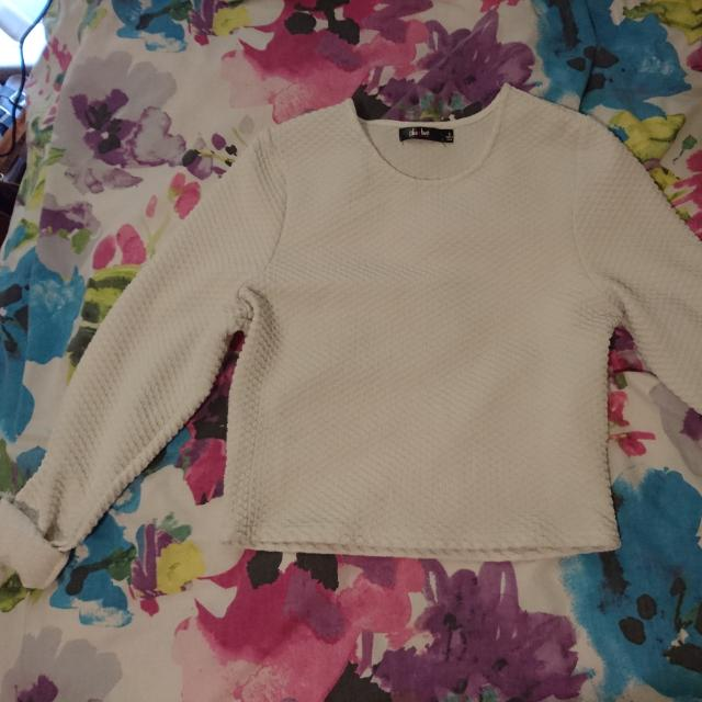 White Cropped Long Sleeve Top