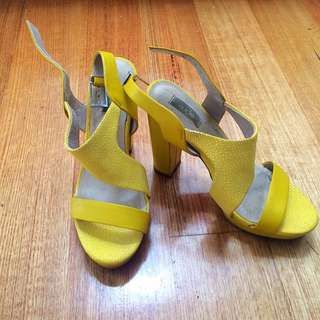 Nude Yellow Platform Shoes - Heels (leather) Size 37