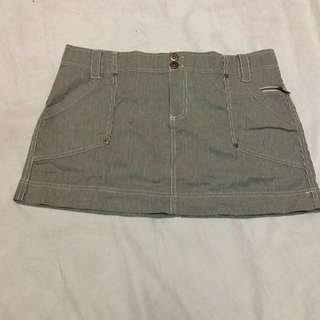 Old Navy Rok Mini