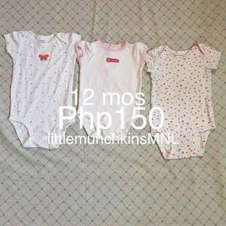Preloved Carter's 3pcs Onesies With Issues 12 Months Baby Girl Clothes