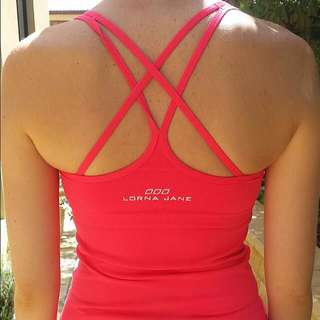 Lorna Jane Singlet With Inbuilt Bra
