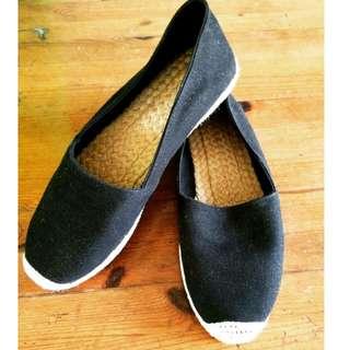 Slip on Knitted Shoe Black