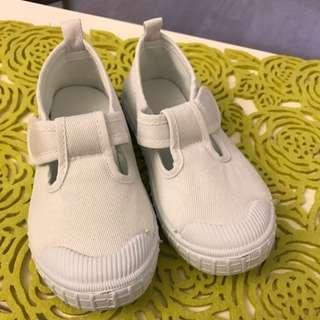 全新小童白鞋