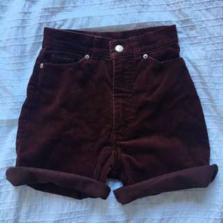 Vintage Levi's Cut Off High Waisted Shorts Burgundy/Rust Size 6