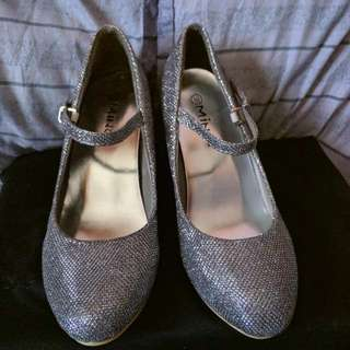 Unbranded Gray Glitter Shoes (Repriced)
