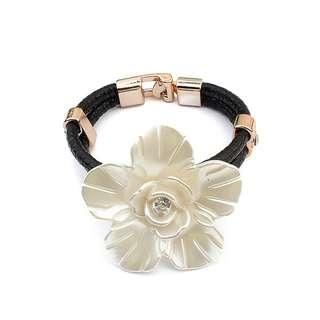 [BN] Flower Rope Bracelet