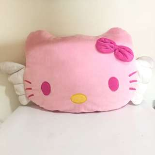 HELLO KITTY WITH ANGEL WINGS
