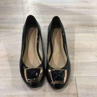 🎉降黑色粗根高根鞋