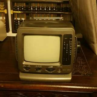 5.5 Inches T.V
