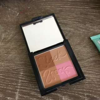 Sleek Bronzer And Blush