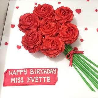 Cupcake Red Roses